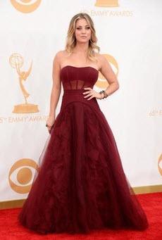 Kaley Cuoco Emmys 2013
